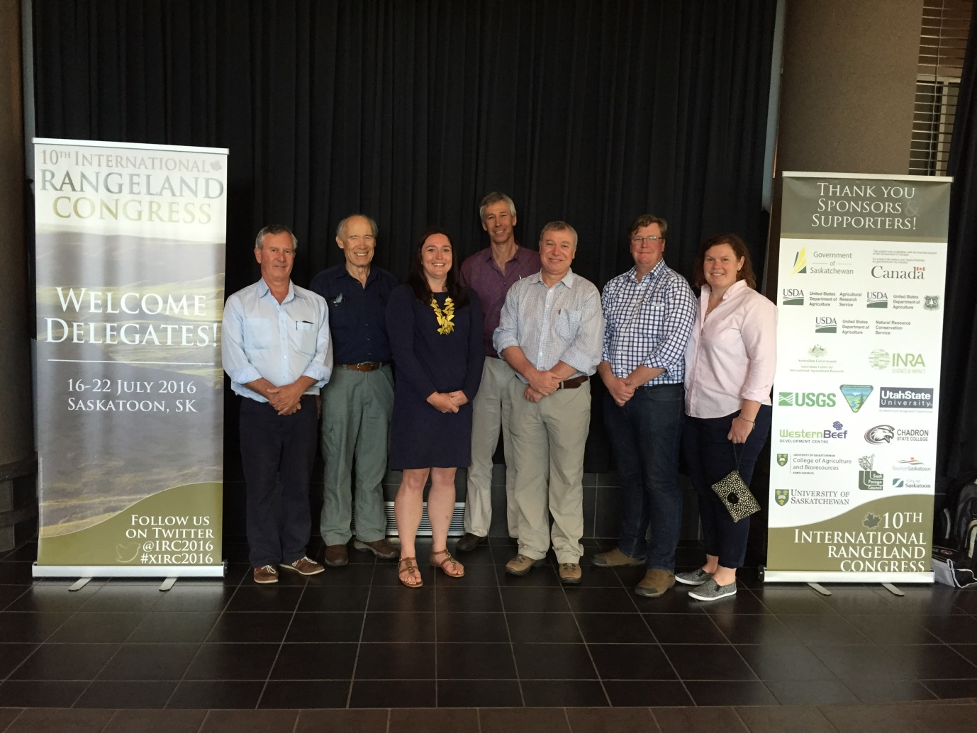 PPMT Project team at the IRC. (L-R) Roy Chisholm (Napperby Station), Houston (Qld DAF), Sally Leigo (DPIR), Pieter Conradie (DPIR), David Phelps (Qld DAF), Tim Driver and Ms Amy McArdle (Precision Pastoral Pty Ltd).