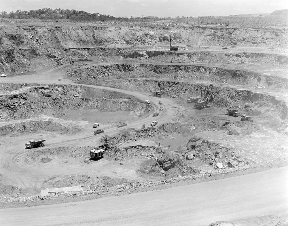 White's open cut pit, Rum Jungle mine site (1957). National Archives of Australia: A1200, L22203